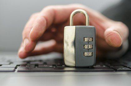 Encrypted cloud backup